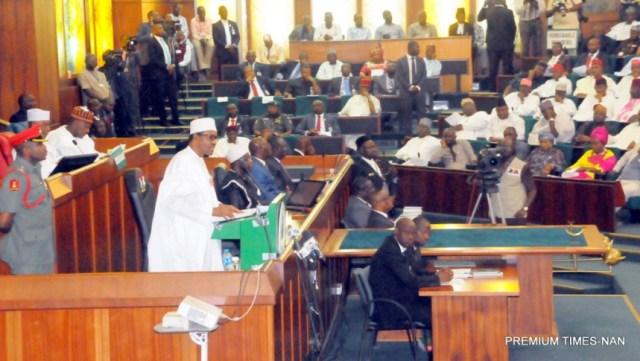 president-buhari-presents-2017-budget-in-abuja